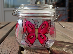 Pink Butterfly (0.5l) £5.00