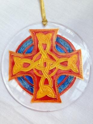 Celtic Cross (Gold Outline)